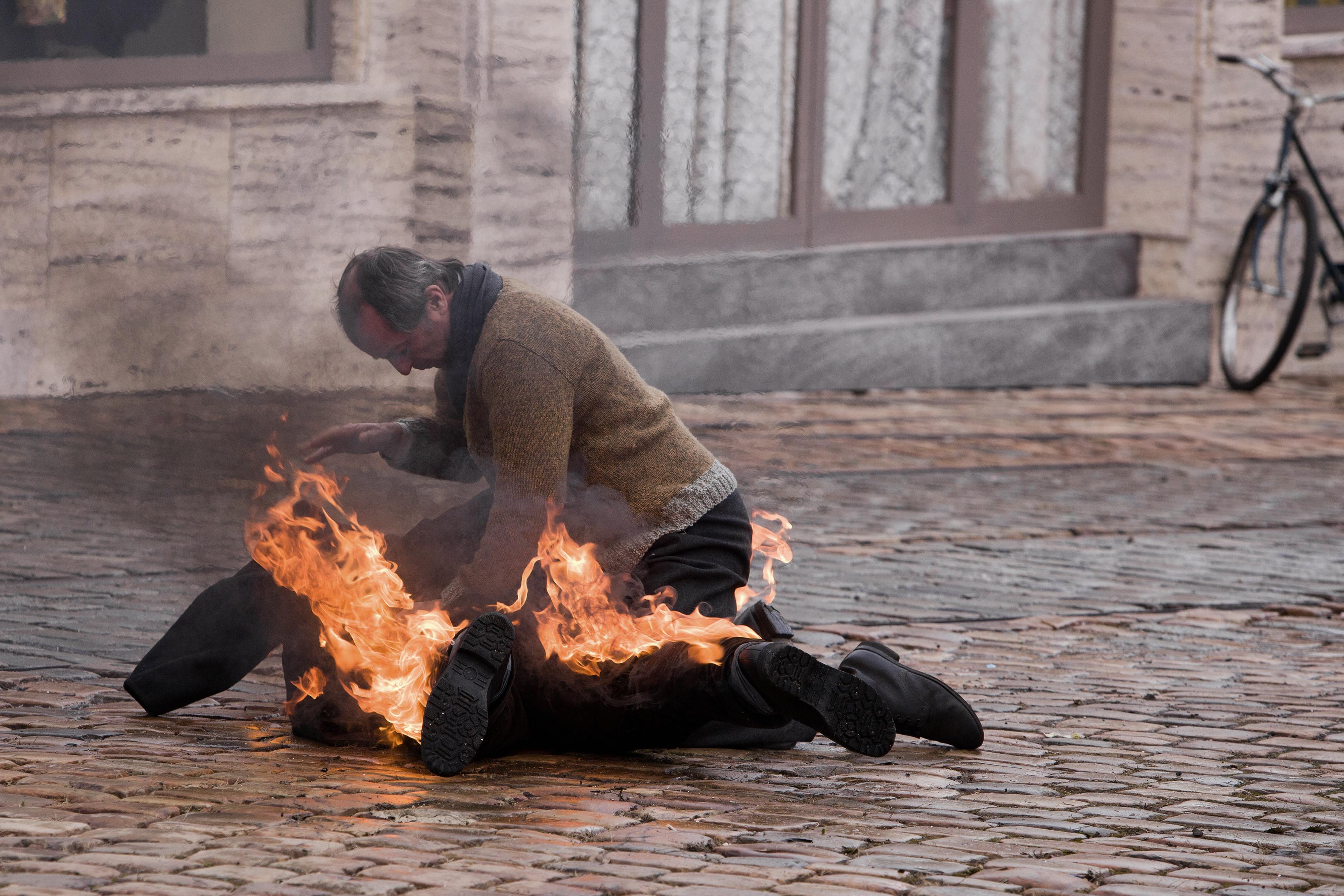44 burning_bush_pr_hi-res_still_051