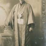 L'architetto Letzel con il tradizionale kimono / The architect Letzel in traditional kimono