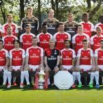 Tomáš Rosický nella foto di gruppo dell'Arsenal per la stagione 2015/2016 / Tomáš Rosický in the Arsenal team photo for the 2015/2016 season