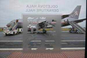 L'aereo speciale del premier Bohuslav Sobotka in partenza per Bruxelles / Prime Minister Bohuslav Sobotka's special jet departing direction Brussels