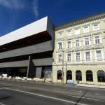 Il palazzo della Slovenská Narodná Galeria di Bratislava / The building of the della Slovenská Narodná Galeria in Bratislava © Slovenská Narodná Galeria
