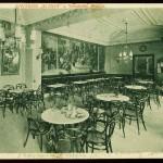 Il Café Slavia in una cartolina degli anni '20, ai tempi della Prima Repubblica / Café Slavia in a postcard from the 20s, at the time of the First Republic
