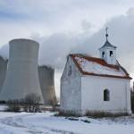 14-15-torri-di-raffreddamento-e-chiesa-jaderna-elektrarna-je-jedu-dukovany