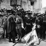 20-100-cecoslovacchia-stefanik-al-centro-alla-cerimonia-di-consegna-della-bandiera-roma-24-5-1918-1
