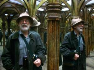 Vittorio Giardino durante una sua recente visita al labirinto degli specchi di Petřín / Vittorio Giardino during a recent visit to the Mirror maze in Petřín
