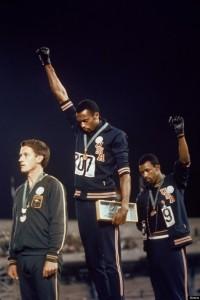 Il gesto di ribellione di Tommie Smith e John Carlos alle Olimpiadi di Città del Messico, 1968 / The silent protest of Tommie Smith and John Carlos at the 1968 Olympics in Mexico City