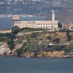 Il penitenziario di Alcatraz nella baia di San Francisco / The Alcatraz prison in the San Francisco Bay © Wikipedia