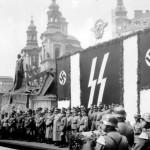 Praga 1940: il giuramento della fanteria delle SS / Prague, 1940: the oath of SS infantry © Archiv hlavního města Prahy