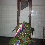 La ghigliottina utilizzata durante la Seconda Guerra Mondiale / The guillotine used during the Second World War © CC-BY-SA 3.0 Nadkachna, Wikimedia